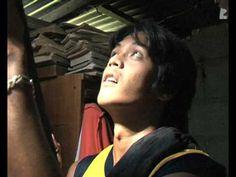 Recycle plastic bottles into solar lights! report: Solar bottle lights in the Philippines Appropriate Technology, Pool Heater, Pop Bottles, Light Of Life, Bottle Lights, Recycle Plastic Bottles, Just Amazing, Solar Lights, Solar Energy