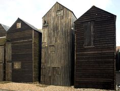 Seafront Hastings Seafront - Old fishing huts. These were made tall so the fishermen could dry and repair their nets.Hastings Seafront - Old fishing huts. These were made tall so the fishermen could dry and repair their nets. Vernacular Architecture, Interior Architecture, Interior And Exterior, Building Architecture, Hastings Seafront, Old Buildings, Little Houses, Cladding, Tiny House