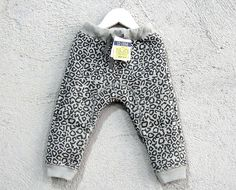 DESCRIPTION Cotton Fleece Material  Understanding Korean Size Info: Items run small; items are sized using Korean size measurements; please order one size up for loose fit (ex. 90cm=18/24M would fit a child US Size 18M)   IMPORTED (This Item takes 2-3 weeks to ship)