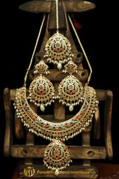 Multi Kundan & Jadau Necklace Set By Punjabi Traditional Jewellery Indian Jewelry Sets, Indian Wedding Jewelry, Indian Weddings, Gold Jewelry Simple, Silver Jewelry, Silver Earrings, Silver Ring, Silver Necklaces, Silver Cuff