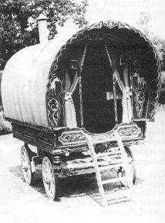 Plans for Bow Top Caravan or Open Lot This is a Romany gypsy caravan. Probably the simplest caravan to build. 7 standard sheets $35.00