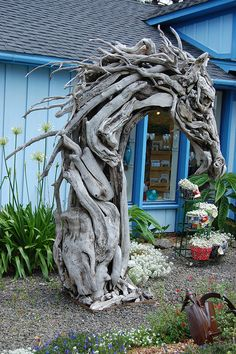 Driftwood horse at the Mendocino Art Center #gardenart #driftwood #repurposed
