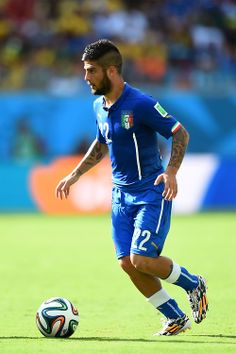 Lorenzo Insigne Italy NT Soccer Guys, Football Players, Italy World Cup, Rugby Men, Football Pictures, Relax, Sport Man, Fifa World Cup, Sporty