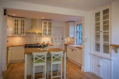 Brix and Mortimer | Cheltenham Estate Agents www.brixandmortimer.com Lovely kitchen ♥ of one of our properties in #Ledbury