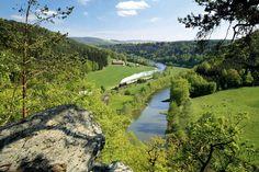 Eine Fahrradtour entlang der Weißen Elster, den Zug für Rückfahrten nutzen und…