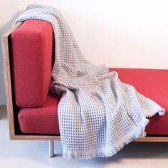 39,90 statt 59,90 € jetzt im Sale!!! Armchair, Cozy, Colour Light, Plaid, Blanket, Waffle, Simple, Catcher, Cotton