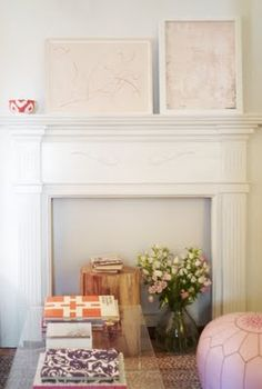 52 ideas fake wood wallpaper fire places for 2019 Bedroom Fireplace, Fireplace Mantle, Fireplace Ideas, Mantel Ideas, Unused Fireplace, Fireplace Decorations, Fireplace Inserts, Wood Wallpaper, Pink Wallpaper