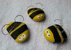 18 Fun & Easy Rock Crafts for Kids Bee Crafts, Rock Crafts, Crafts To Do, Easy Crafts, Crafts For Kids, Bible School Crafts, Preschool Crafts, Bee Rocks, Bee Theme