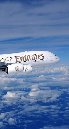 It is a service that helps to get up to EUR 600 compensation for disrupted flight (delay, cancellation or overbooking). It takes less than 2 min to check flight, calculate potential compensation and submit the application. Emirates A380, Emirates Flights, Emirates Airline, Dubai, Benfica Wallpaper, Airport Jobs, Photo Avion, Emirates Cabin Crew, Airplane Wallpaper