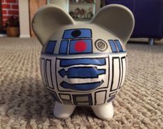 Yoda Star Wars hucha de cerámica mediano de pintado a mano