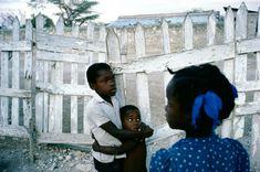 Alex Webb HAITI. Anse-a-Galets, La Gonave. 1986. Magnum Photos Photographer Portfolio