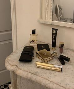 Cream Aesthetic, Classy Aesthetic, Brown Aesthetic, Aesthetic Makeup, Beauty Care, Beauty Skin, Beauty Makeup, Chanel Beauty, Coco Chanel