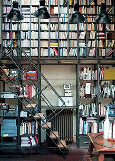 *Dream Library* Amazing industrial loft full of books (by Vincent Leroux, Marie Claire Maison Mar Industrial Bookshelf, Industrial House, Industrial Style, Industrial Apartment, Industrial Furniture, Home Library Design, Dream Library, House Design, Library Ideas