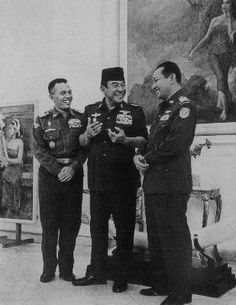 Old Pictures, Old Photos, Vintage Photos, Military Police Army, Indonesian Art, Great Father, Historical Pictures, Founding Fathers, Special People