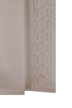 Our detailed leading edge design called Delauney