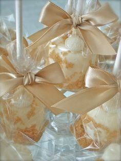 Edible Wedding Favors Beach Seashells Chocolate Dipped Marshmallows Frost The Cake