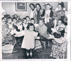 1956 Moscow Russia Visiting Indonesian Women Applaud Tiny Dancer Press Photo | Collectibles, Photographic Images, Contemporary (1940-Now) | eBay!