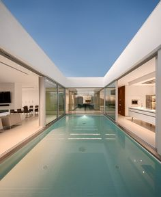 World of #Architecture: Incredible #Modern #Villa by Mario Martins | #worldofarchi #house #minimalist #swimmingpool
