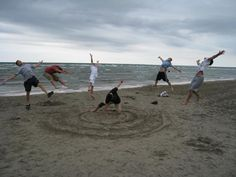 I really want to take some friends to the beach and do this!