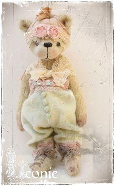 bear pattern Leonie 775 inch epattern bear artist by Astridbears, $13.00