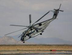 CH-53E Super Stallion MH-53E Sea Dragon