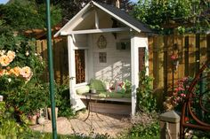 Philosophenbank in der Abendsonne – Bilder und Fotos Bank of Philosophers in the evening sun … Orchid House, Greenhouse Shed, Playhouse Outdoor, Backyard Sheds, She Sheds, Outdoor Seating Areas, Garden Structures, Cottage Homes, Garden Projects