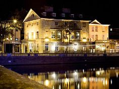 Swan Hotel, Bedford taken from the town bridge