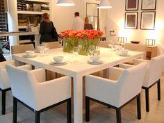 White Interior by Dutch interiordesigner Jan des Bouvrie, seen at Woonbeurs Amsterdam #interior #woonbeursamsterdam #jandesbouvrie http://www.jandesbouvrie.nl/