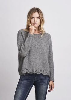 Ahhhh mink sweater, knitting pattern, Ahhhh mink, lovely and soft grey sweater with lace edge at the bottom, made in Önling no 3 mink yarn. Knitting Blogs, Knitting Kits, Sweater Knitting Patterns, Easy Knitting, Knit Patterns, Knitting Projects, Diy Pullover, How To Purl Knit, Knitwear
