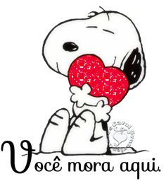 Snoopy is favorite among other cartoon characters that's why we have added his photo based wish card to share Happy Valentine's Day wishes t. Snoopy Love, Snoopy Hug, Charlie Brown Und Snoopy, Snoopy And Woodstock, Cartoon Cartoon, Peanuts Cartoon, Peanuts Snoopy, Snoopy Valentine, Happy Valentines Day