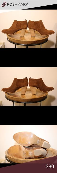 NWOT Michael Kors Camel Suede Booties Perfect condition. Never worn outside of the store. Please note photos were taken with a high resolution camera so things that may look like flaws are just lighting and resolution. I disclose all issues within the item description. Michael Kors Shoes Ankle Boots & Booties