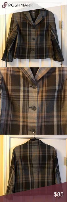 I just added this listing on Poshmark: Crop Plaid Blazer. #shopmycloset #poshmark #fashion #shopping #style #forsale #Tommy Hilfiger #Jackets & Blazers