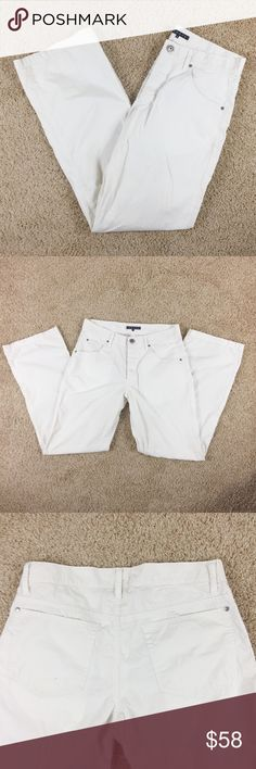 White Theory Cotton Pants Straight leg white pants by Theory. Slightly see through. Front and back pockets. Button fly. Gently used condition. Theory Pants Straight Leg