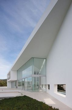 AABE (Atelier d'Architecture Bruno Erpicum & Partners) designed the Infinity house in Baleares, Spain