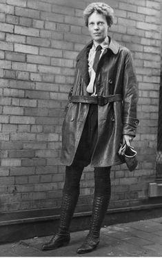 Amelia Earhart kicking some a**