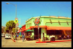 Fred 62 diner in Los Feliz. Hangover central for us.