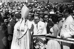 El presidente Rómulo Betancourt durante la inauguración del Puente Rafael Urdaneta, conocido también como Puente sobre el Lago de Maracaibo.   Créditos: Archivo Cadena Capriles