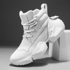 Lace Up Breathable Fashion Shoes - Men's style, accessories, mens fashion trends 2020 Adidas Fashion, Mens Fashion Shoes, Fashion Boots, Sneakers Fashion, Fashion Shirts, Mens Shoes Boots, Men's Shoes, Shoe Boots, Golf Shoes