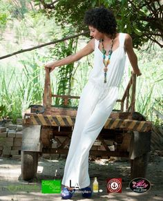 Ensaio TOP com a modelo Jessica Druwn e o super cantor Kiell Cavalcanti, finalista do quadro Iluminados do Domingão do Faustão! Looks da Container Outlet T. Otoni!! Na loja tem muito mais! Vem conferir, vem! #VemProContainer #ContainerOutlet #ModaMasculina #ModaFeminina #GrandesMarcas #Compras #PequenosPreços
