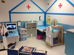 Nurses station from our doctor office dramatic play my kids loved using the clipboards and the tools to take care of the babies Dramatic Play Themes, Dramatic Play Area, Dramatic Play Centers, Doctor Role Play, Play Corner, Role Play Areas, Preschool Centers, Doctor Office, Play Centre