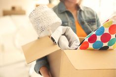The Most Epic Moving Checklist in the History of Moving - Updater - - Let's face it, moving is stressful. Our epic moving checklist is here to help. Moving Checklist, Moving Tips, Moving Out, College Checklist, College Packing, Packing To Move, University Checklist, Planer Organisation, Organization