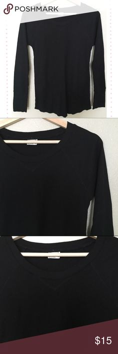 2FOR$10🔥 Long Sleeve Black Thermal Long sleeve black thermal from Tilly's. Perfect for layering! Size L, but runs small.   Feel free to make an offer! No trades. Thanks for looking! Full Tilt Tops Tees - Long Sleeve