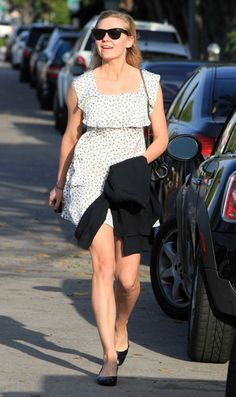 Kirsten Dunst Actress Kirsten Dunst spotted out and about on Melrose Place in West Hollywood, CA