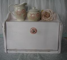 Shabby Chic Pink Bread Box Shabby Chic Vintage by Fannypippin