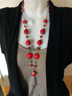 Длинное красное украшение на шею с кораллом, Длинные красные бусы – купить в интернет-магазине на Ярмарке Мастеров с доставкой - C7UELRU