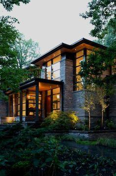 Idyllic contemporary residence with privileged views of Lake Calhoun ...