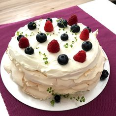 Mini Pavlova, Cheesecake, Ale, Desserts, Food, Meal, Cheesecakes, Ale Beer, Deserts