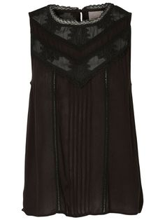 Lovely lace detailed top from VERO MODA. Style it with a black pair of jeans and heels for an on point party look.