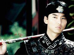 Kim Nam Gil SEXYYYY!!!!