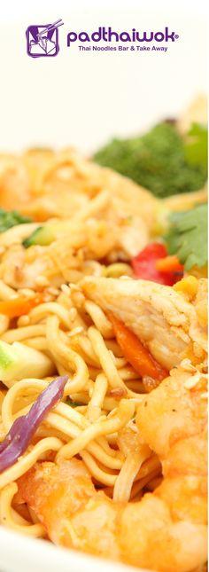 Padthaiwok-Ekkamai-Noodles